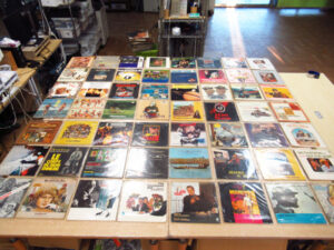 Blondy/OFFSIDE7/Tempo sospeso/TENTACLESなどのレコードを買取致しました!